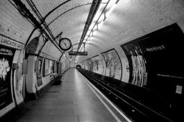 emtpy_tube_station
